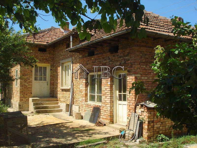 2/3 bed bungalow house near Svishtov and Danube River