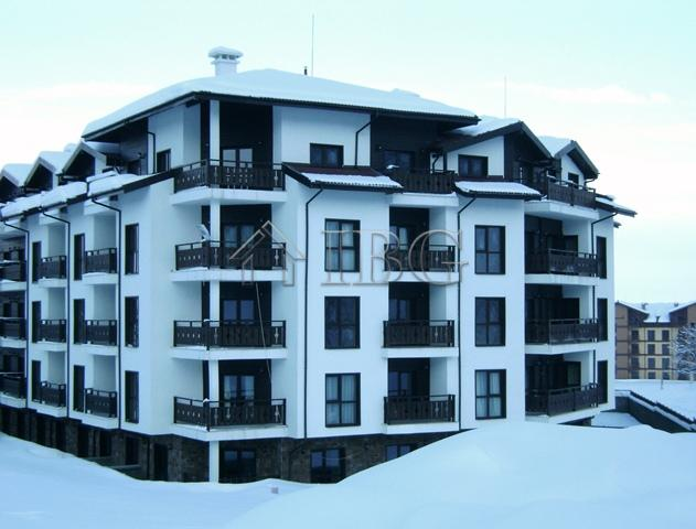 Apartments with 1 and 2 bedrooms 300 m to the ski lifts in Bansko