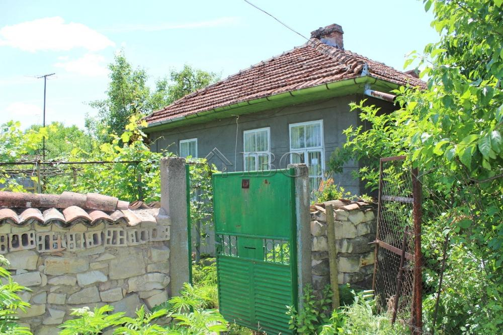 Draganovo,Veliko Tarnovo,3 Bedrooms Bedrooms,1 BathroomBathrooms,House,1910