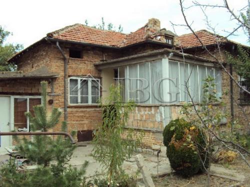 Immobiliers vendre 4 chambres villa maison vendre en for Acheter maison en bulgarie