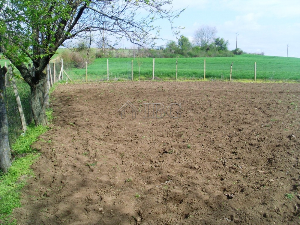 Building plot of land for sale with stunning views near ruse ibg real estate - Houses for small plots of land ...