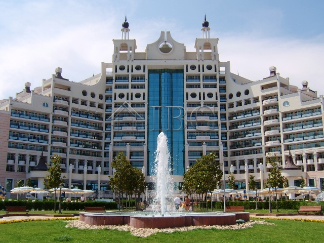 1 Bedroom Apartment For Sale In The 5 Star Sunset Resort Complex In Pomorie Bulgaria
