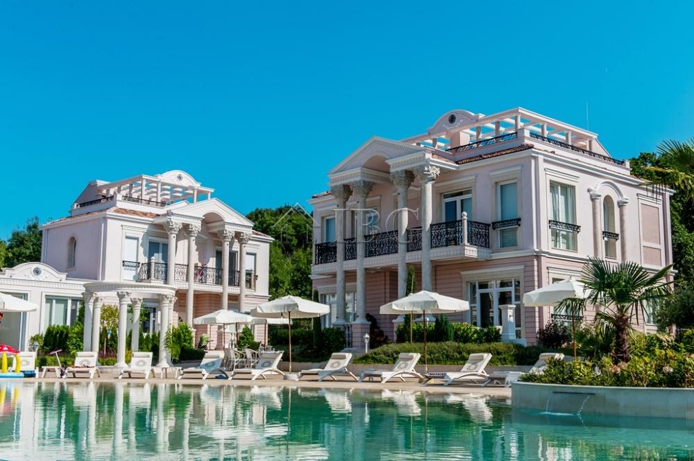 nuove costruzioni immobiliari in vendita 5 camere da letto