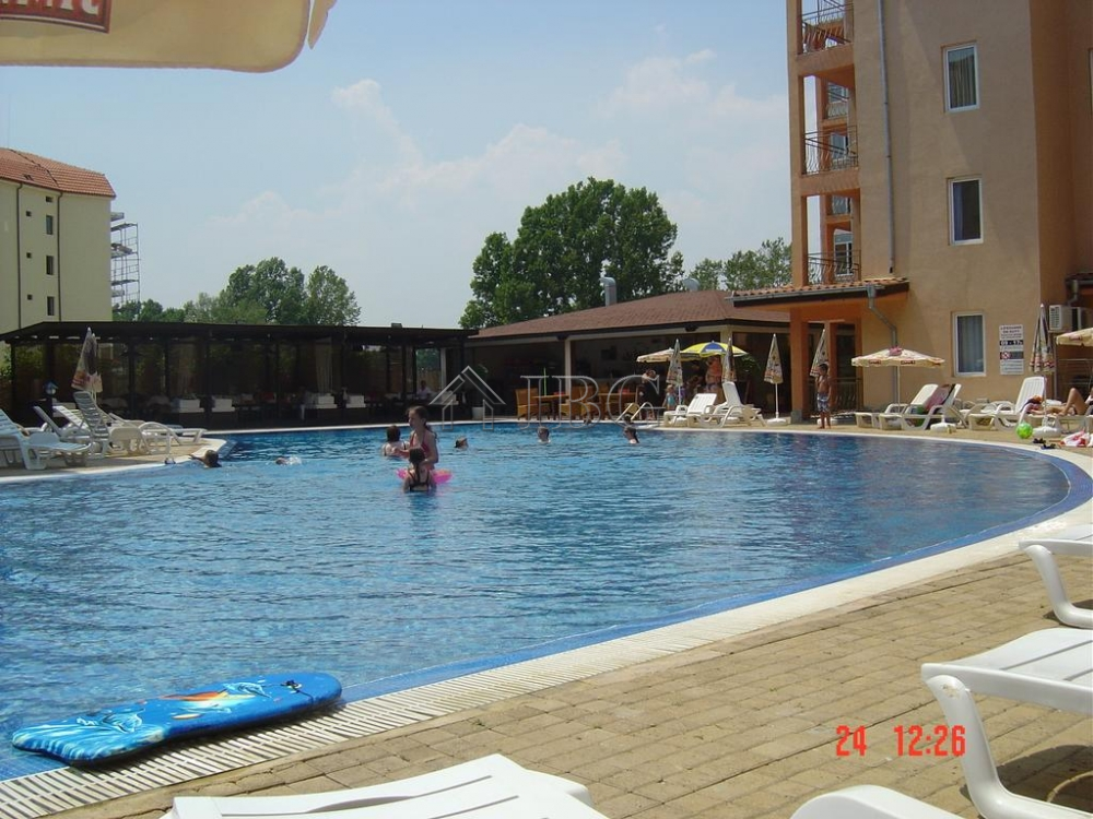 Priced to sell furnished two bedroom apartment with pool - Sunny beach pools ...
