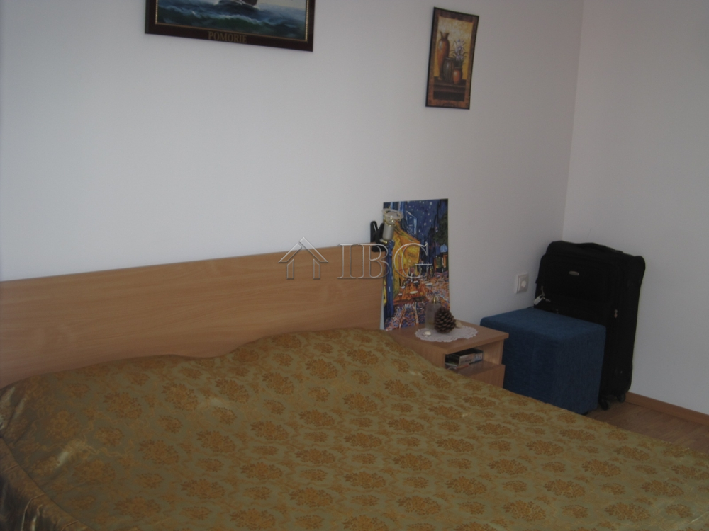 Furnished 1 bedroom 1 bathroom apartment in nautilus club sunny beach ibg real estate for Apartment 1 bedroom 1 bathroom