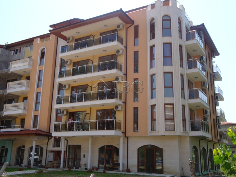 Large 1 Bedroom Apartment For Sale In Sunny Home 2 Sunny Beach Ibg Real Estate
