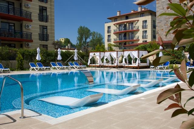 Apartments for sale in sunny beach villa valencia next to - Sunny beach pools ...