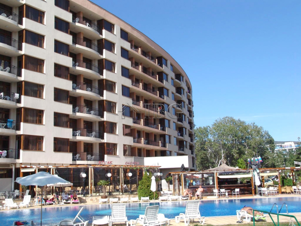 Furnished 1 bedroom apartments with sea view in poseidon - Sunny beach pools ...