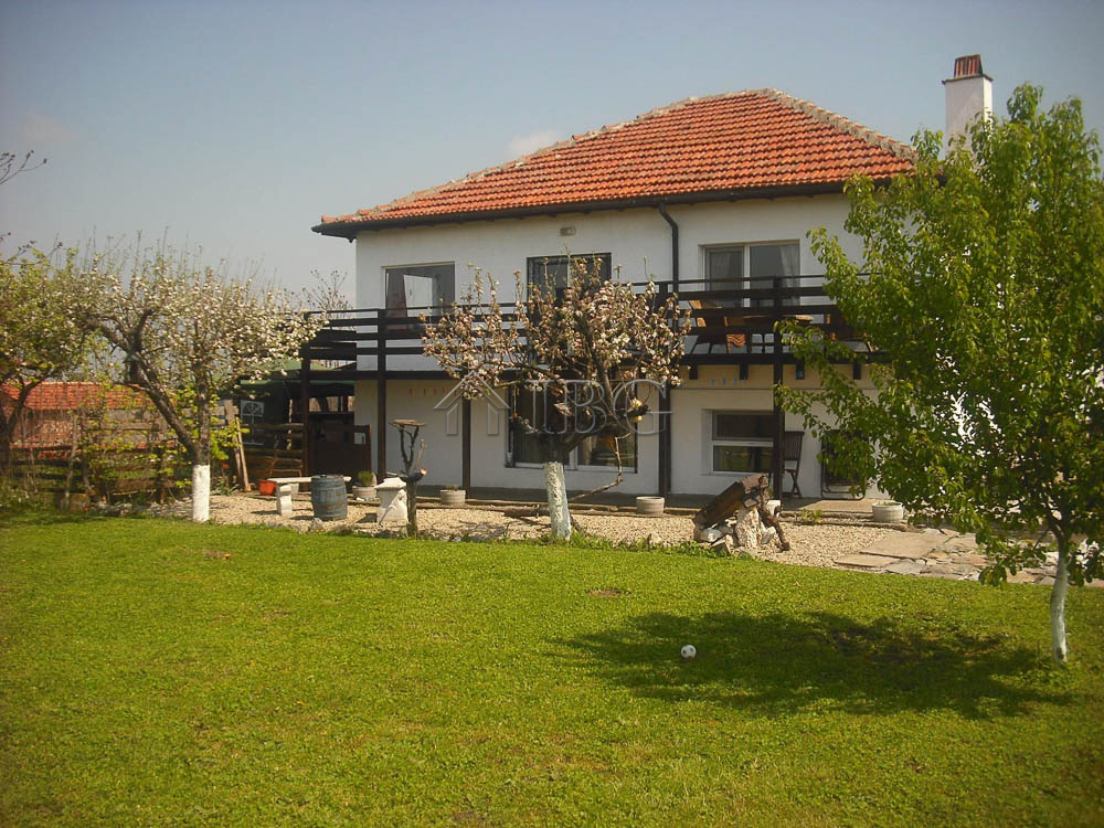 1493555804_renovated-house-for-sale-near-yambol-bulgaria-18121954_10203191116776754_666745292769734844_o.jpg