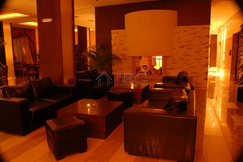 Large apartment with 3 bedrooms 2 bathrooms in murite for Apartments with 3 bedrooms and 2 bathrooms