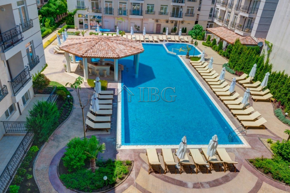 Apartment with 2 bedrooms 2 bathrooms and pool view in for 1161 dawn view terrace
