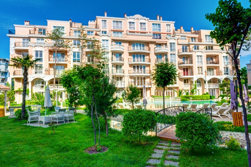 Luxury furnished 1-bedroom apartment with pool view in Venera Palace, Sunny Beach