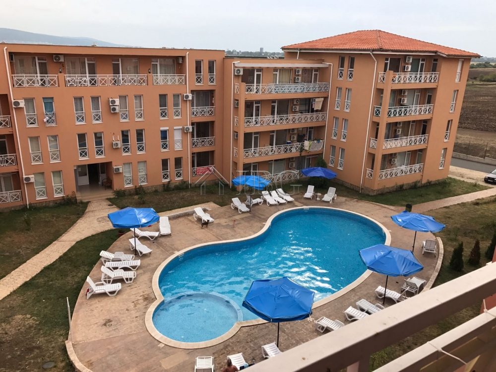 Pool view 1 bedroom apartment in sunny day 6 sunny beach - Sunny beach pools ...