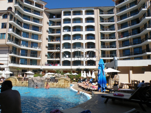 Large 1 Bedroom Apartment In Karolina Sunny Beach 100