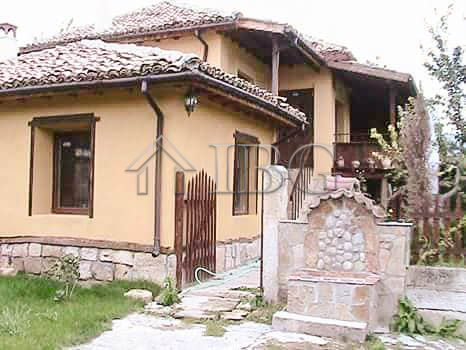 Lovely, furnished house with 3 Bedrooms and 3 bathrooms near Shumen