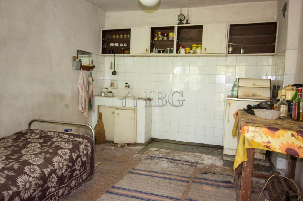 Dzhulyunitsa,Ruse,5 Bedrooms Bedrooms,1 BathroomBathrooms,House,5623
