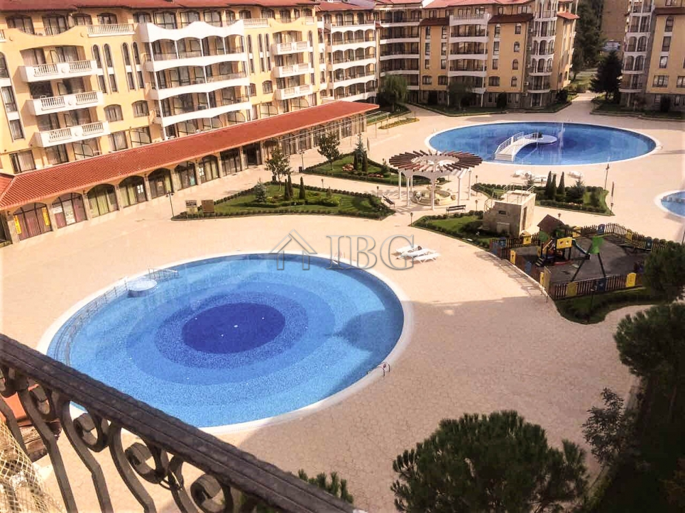 Pool View Apartment with 2 bedrooms, 2 bathrooms, Royal Sun, Sunny Beach