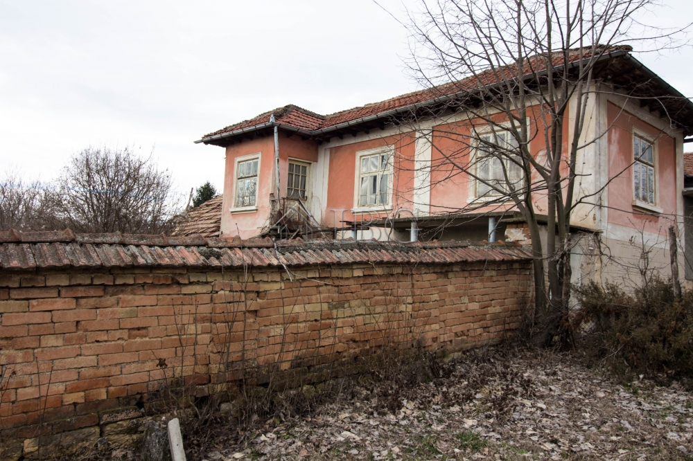 Katselovo,Ruse,3 Bedrooms Bedrooms,1 BathroomBathrooms,House,6234