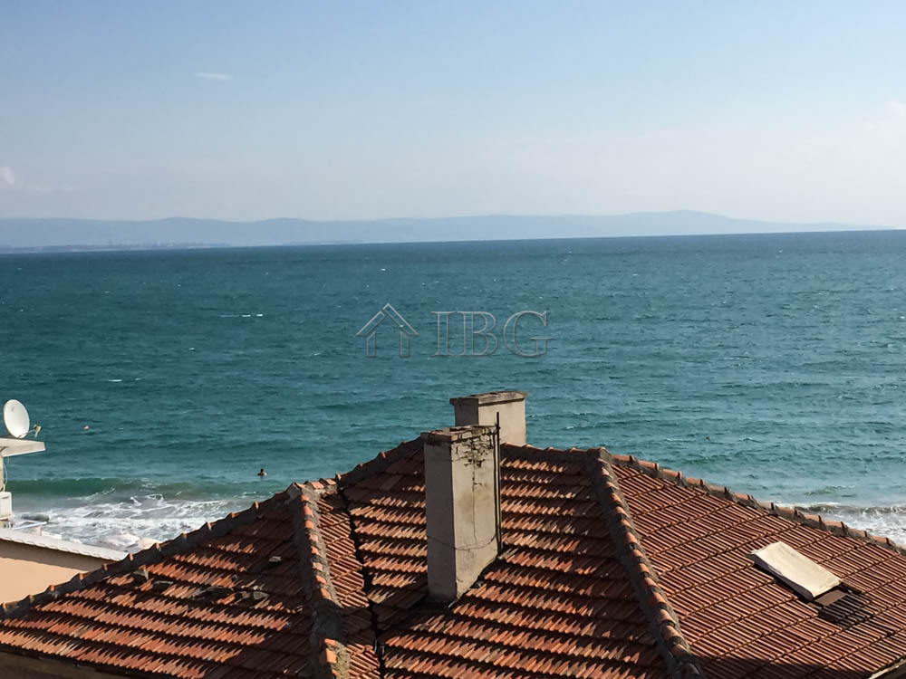 Apartment with 2 bedrooms, 2 bathrooms and SEA view, Pomorie
