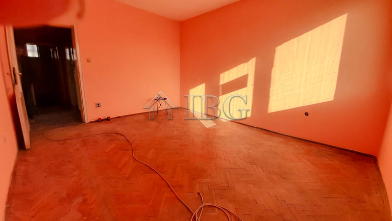 Spacious apartment with attic room in the near the Ruse