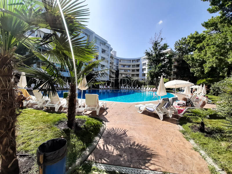 Apartment with 2 bedrooms and 2 bathrooms in Yassen, Sunny Beach