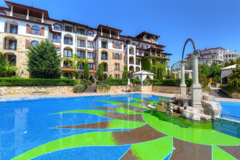 Pool View one-bedroom apartment for sale in Esteban, Nessebar