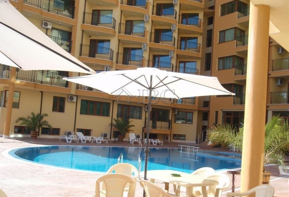 Pool view 1-bedroom apartment in Amadeus 5, near the center of Sunny Beach