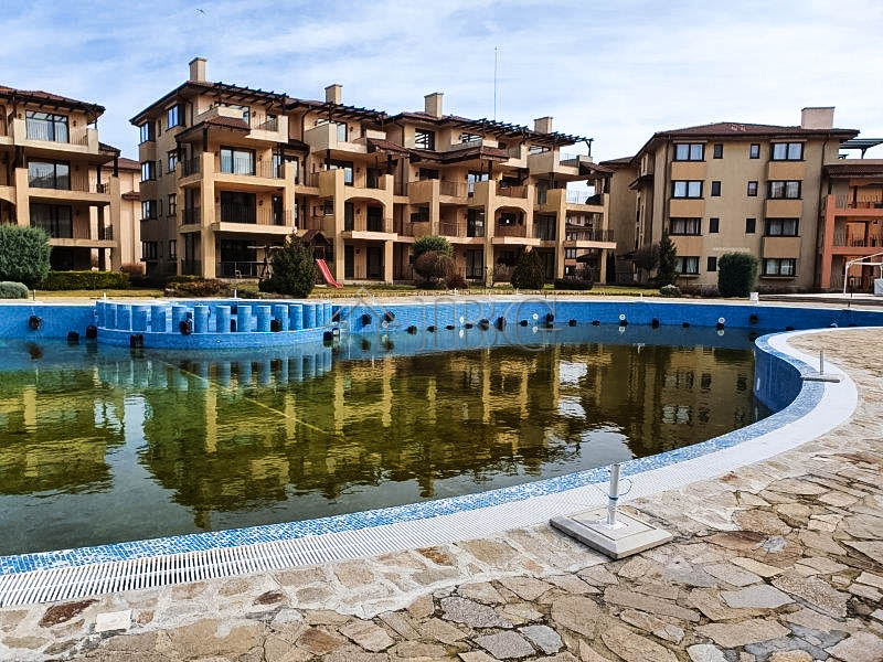Furnished 2-bedroom apartment for sale with SEA and POOL views in Kaliakria Garden, Kavarna