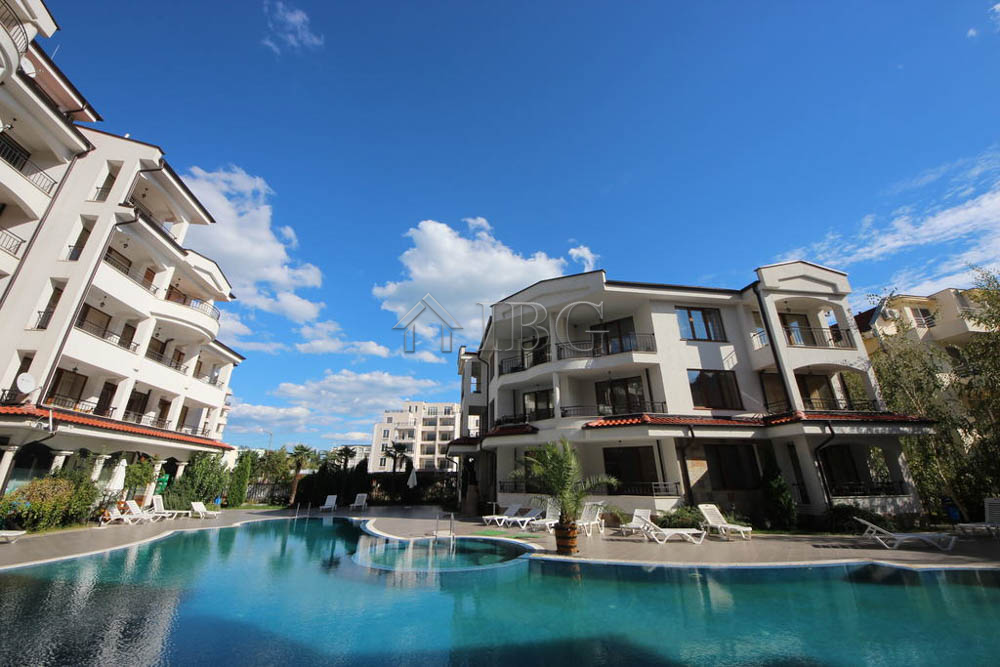 Furnished studio with Pool view for sale in Chateau Valon Sunny Beach