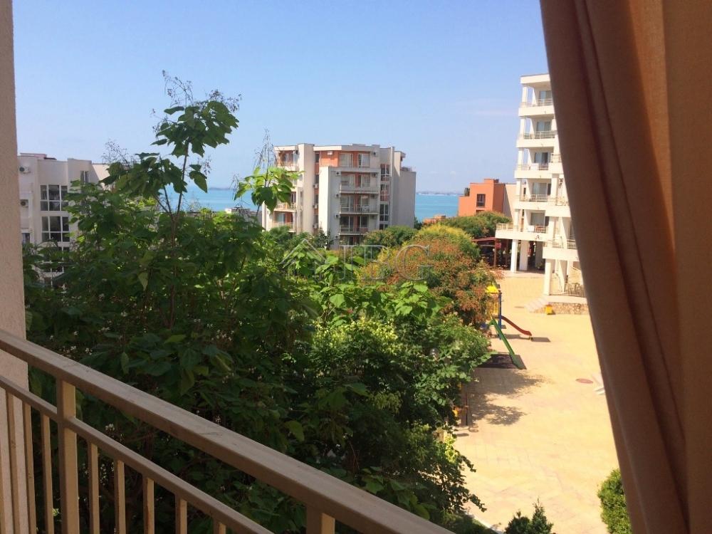 Sea View 1-bedroom apartment in Crown Fort Club, St Vlas