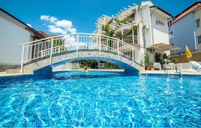 Furnished 2-bedroom apartment in Complex Poolhouse, Sunny Beach