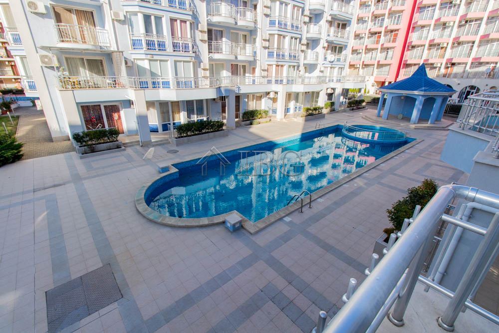 2-bedroom apartment with POOL view in Sunny Dream, Sunny Beach