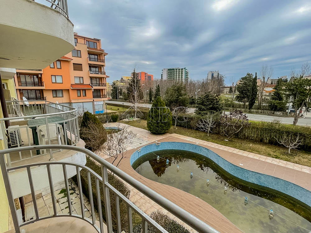Pool view apartment with 2 bed, 2 bath in Sunny Gardens, Sunny Beach, 200 m. from the beach