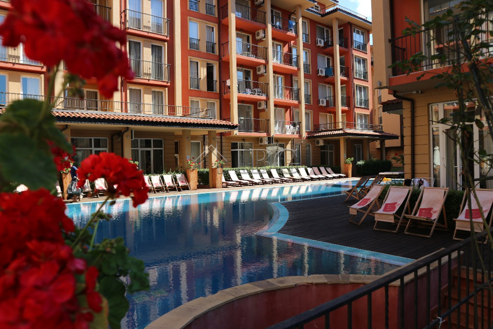 Studio with Pool view in Sunny View Central, Sunny Beach