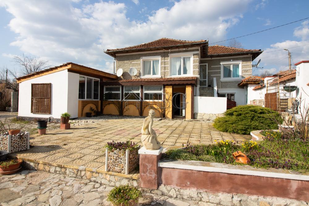 Renovated 2+2 Bedroom house near Provadia and Varna