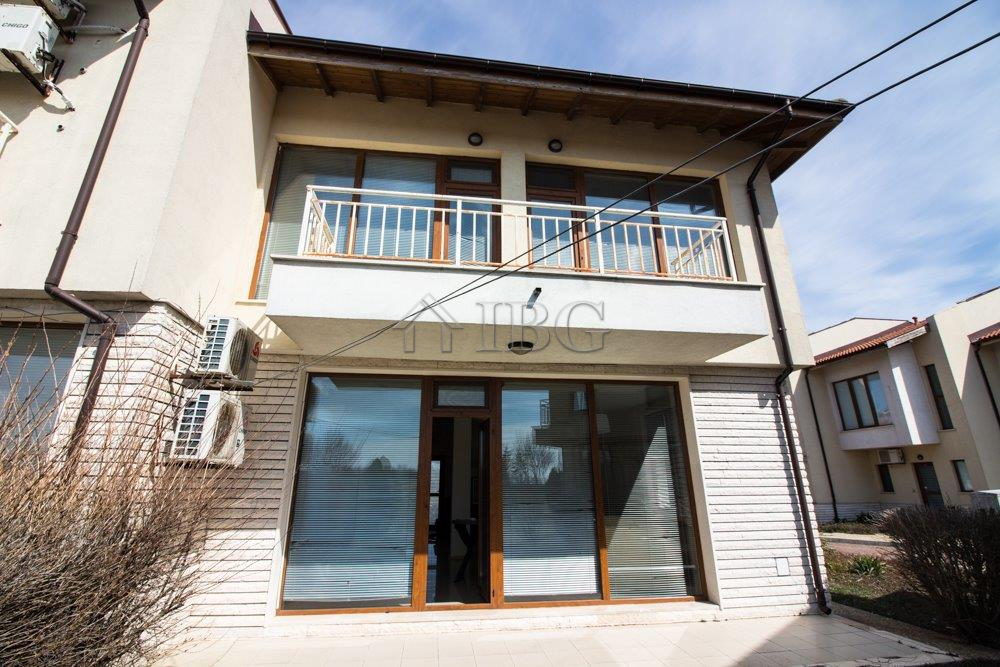House with 3 Bedrooms and 2 � Bathrooms in Lighthouse Golf  SPA Resort, Balchik