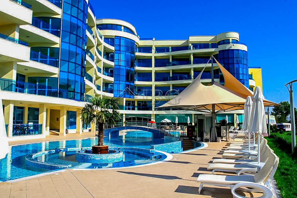 Two-bedroom apartment in Marina Holiday Club  SPA complex, Pomorie