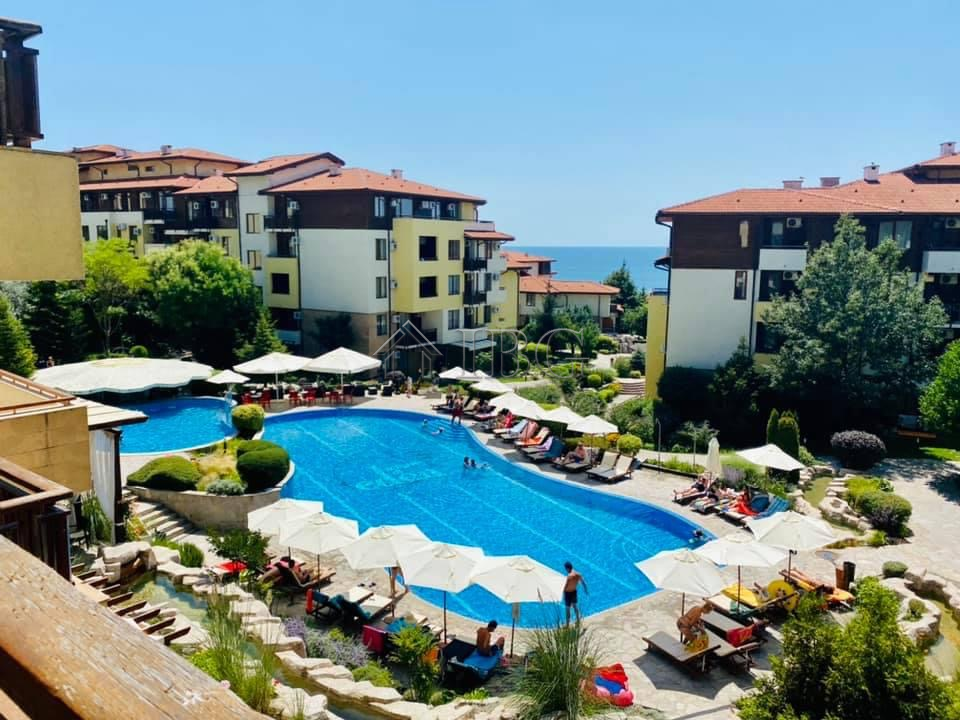 Big 125 sq. m. Apartment with 2-BED, 2-BATH, SEA and Pool View, Garden of Eden, Sveti Vlas