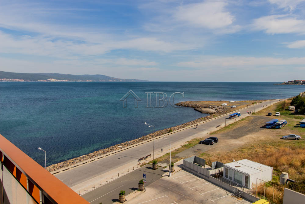 Frontal SEA view, 1-bedroom apartment in Apart Hotel Paradiso ****, Nessebar