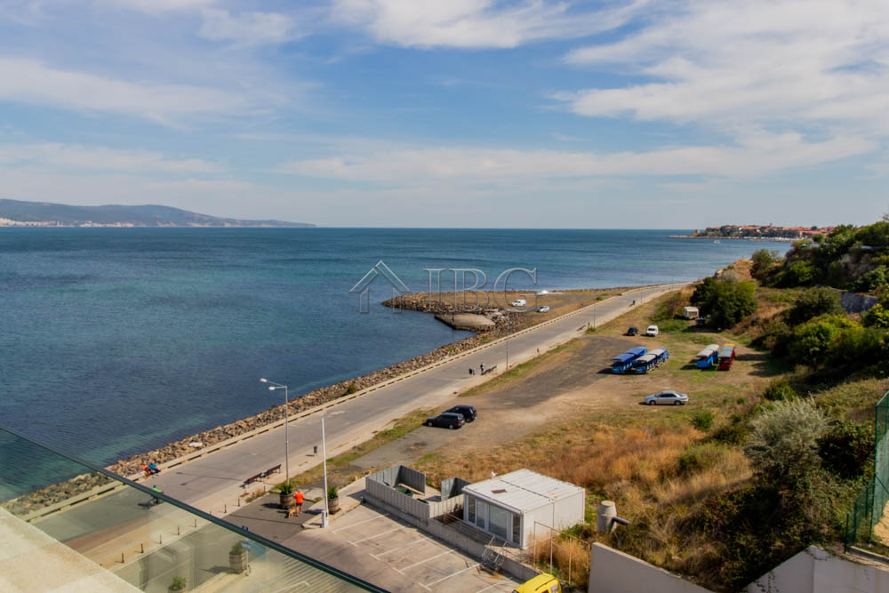Frontal Sea View apartment with 1-bedroom in Apart Hotel Paradiso ****, Nessebar