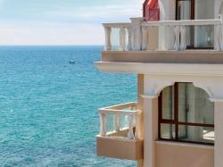 For Sale Properties in Complex Golden Sands