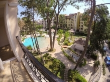 Apartment with 2 bedrooms & Pool view, Sunny Beach