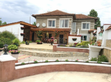 Furnished 2-Bedroom House near Varna